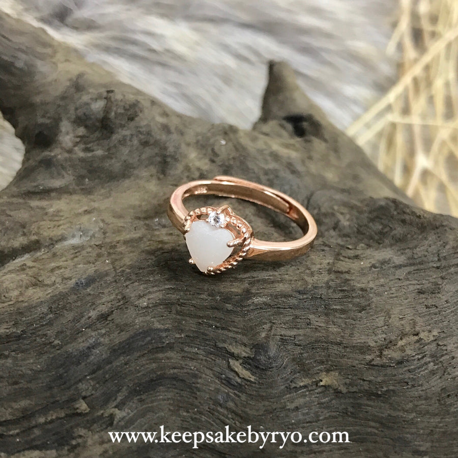 SOLITAIRE: CHIARA BREASTMILK HEART RING