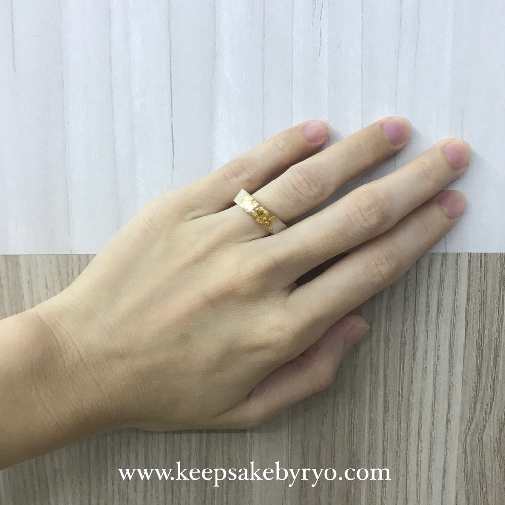 Breastmilk Ring with Precious Metal Accents