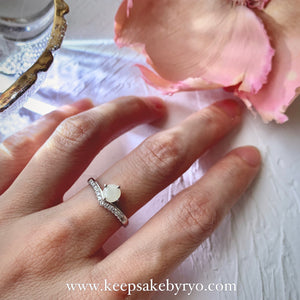 SOLITAIRE: JOY TIARA RING WITH BREASTMILK SOLITAIRE