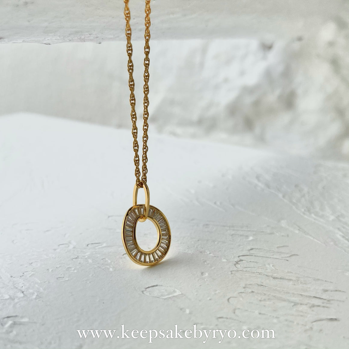 KEEPLETS COLLECTION: HANDCRAFTED O NECKLACE