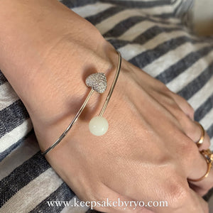 EVANNA STUDDED HEART & INCLUSION PEARL BANGLE
