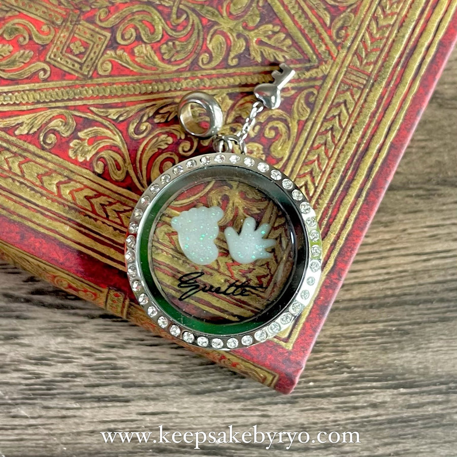 BABY FOOT AND PALM GLASS LOCKET