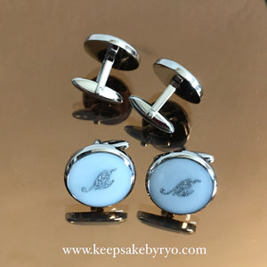 CUFFLINKS WITH CURSIVE MILK INITIAL