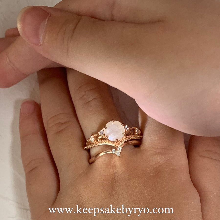 SOLITAIRE: ESTE STACKING DUO RINGS WITH BREASTMILK SOLITAIRE