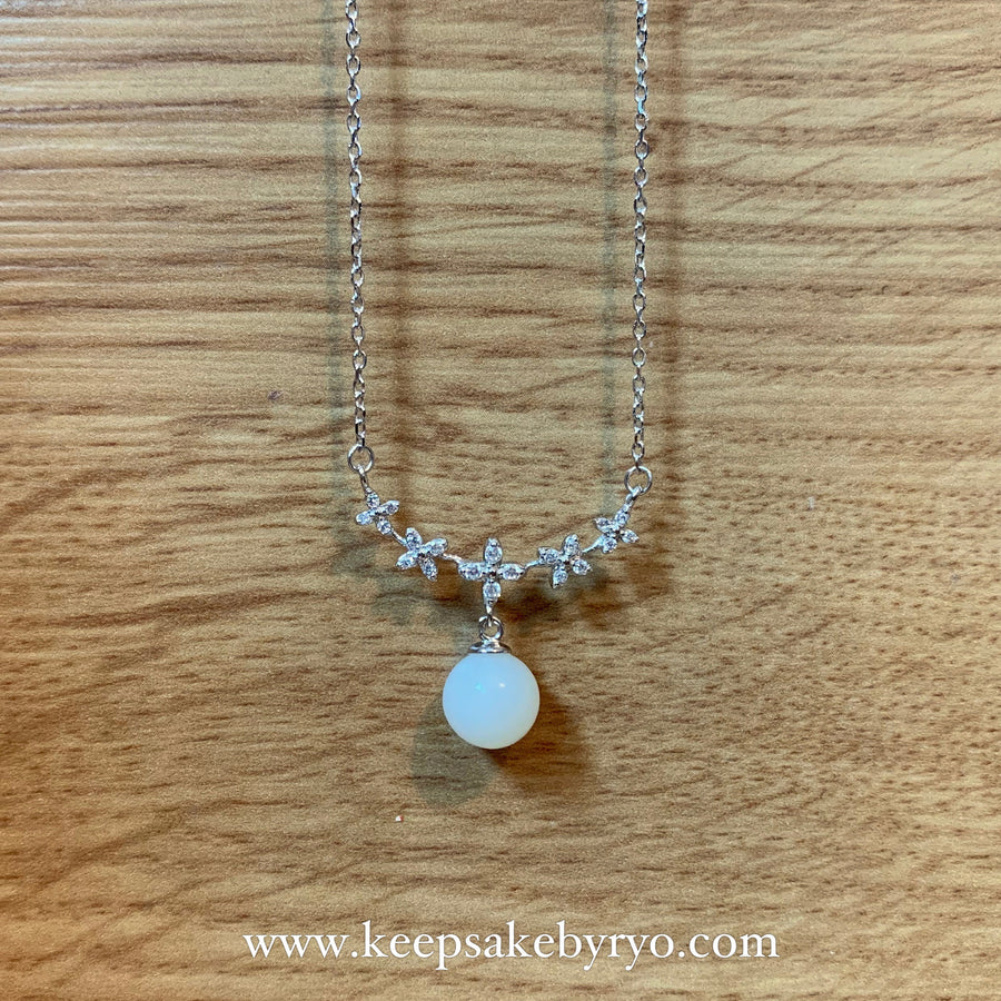 Bluet Floral Breastmilk Pearl Necklace