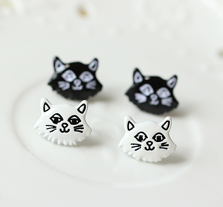 Black White Cat Cute Fashion Earrings Jewelry