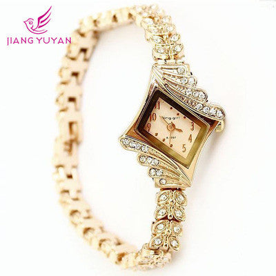 Luxury Fashion Hot Vintage Round Women Wristwatch On Sale