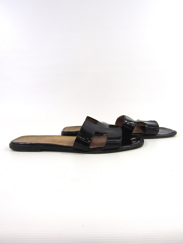 Outlet Factory Outlet Hot Hermès Patent Leather Buckled Sandals Best For Sale jwZd5