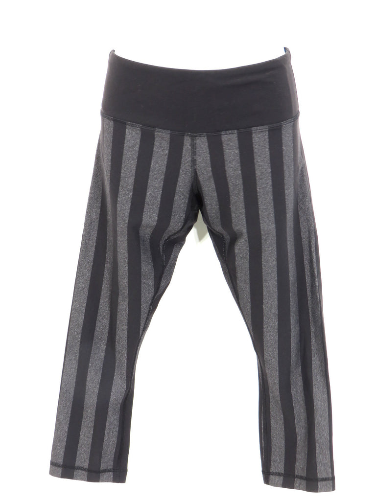 LULULEMON ATHLETICA Women Black Gray Stripes Sports Wear Slim Fit Capri Pants 6