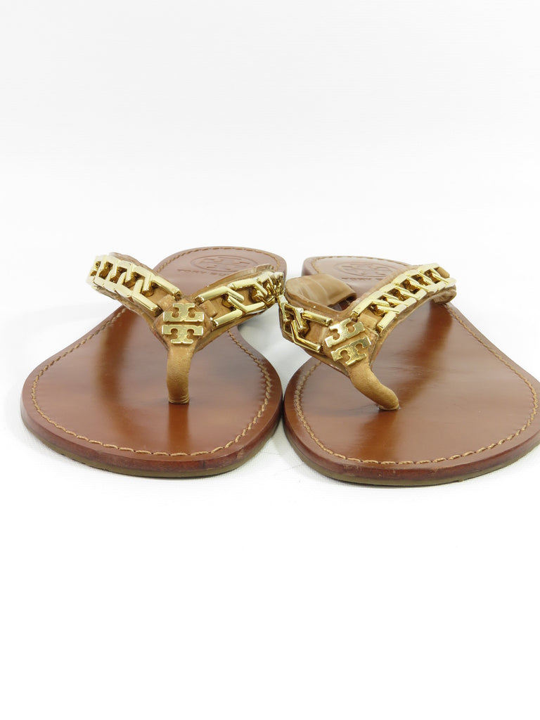 9270cd3aedb5 ... TORY BURCH Women Tan Leather Gold Logo Chain Strap Flat Thong Sandal  Flip Flops Shoes 7 ...