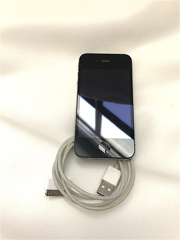 iPhone 4 Model A1332 EMC 380A BLACK 32 GB USED WITH CABLE WORKING