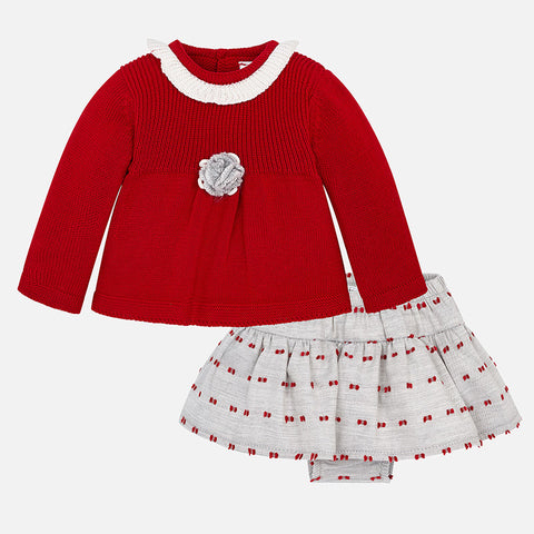 2870 Sweater and skirt set