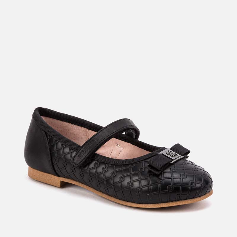 46003 Mary Jane Basic Shoes