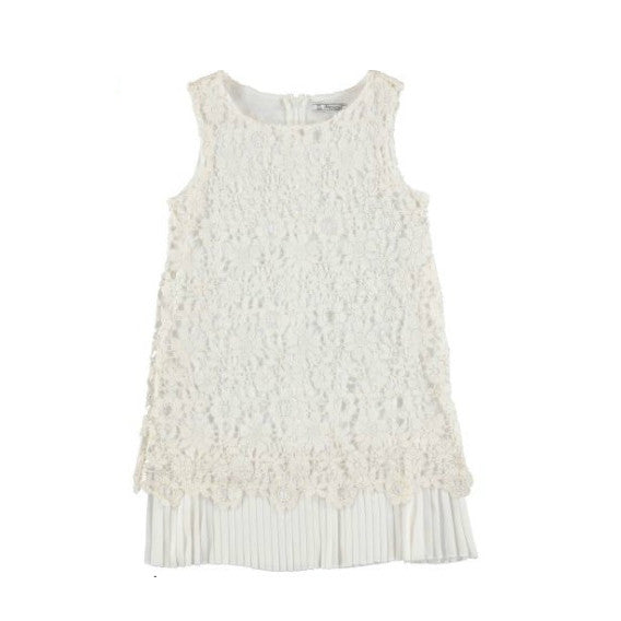 6942 Crochet and Pleated Dress