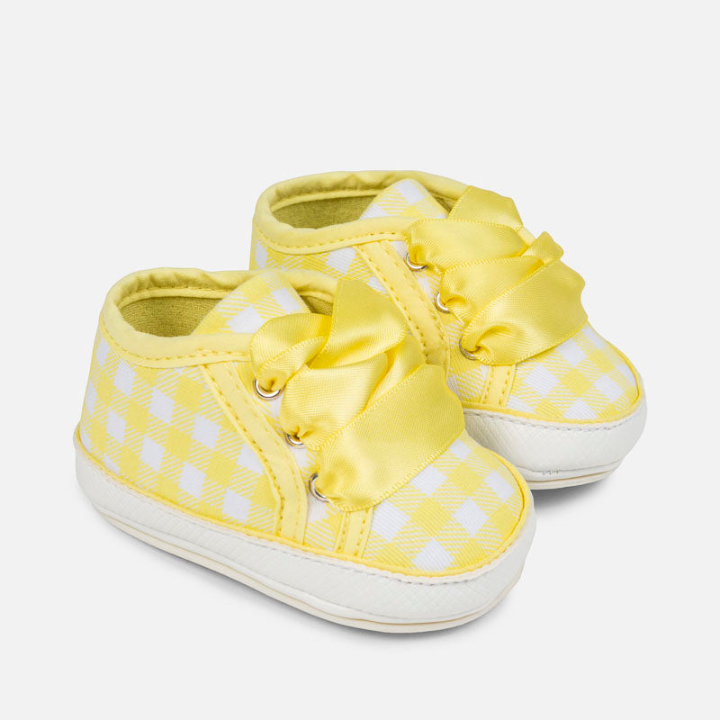 Patterned trainers for baby girl