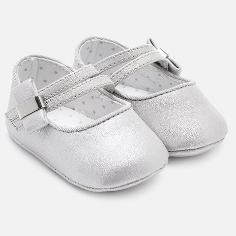 Mary Jane shoes for baby girl