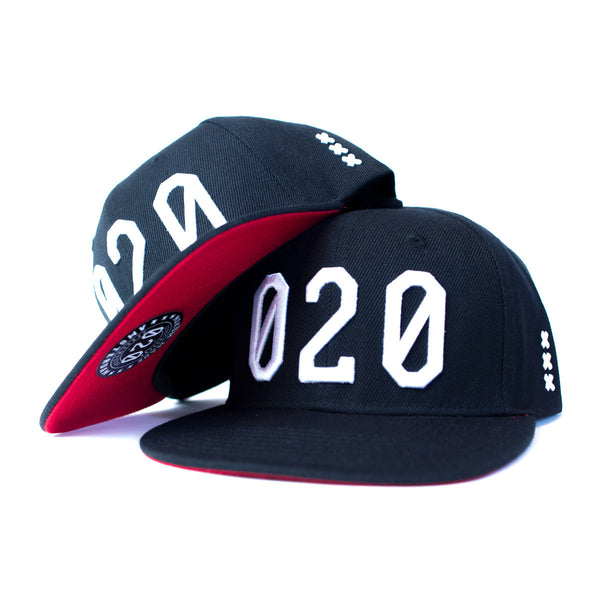 020 CAP BLACK/WHITE