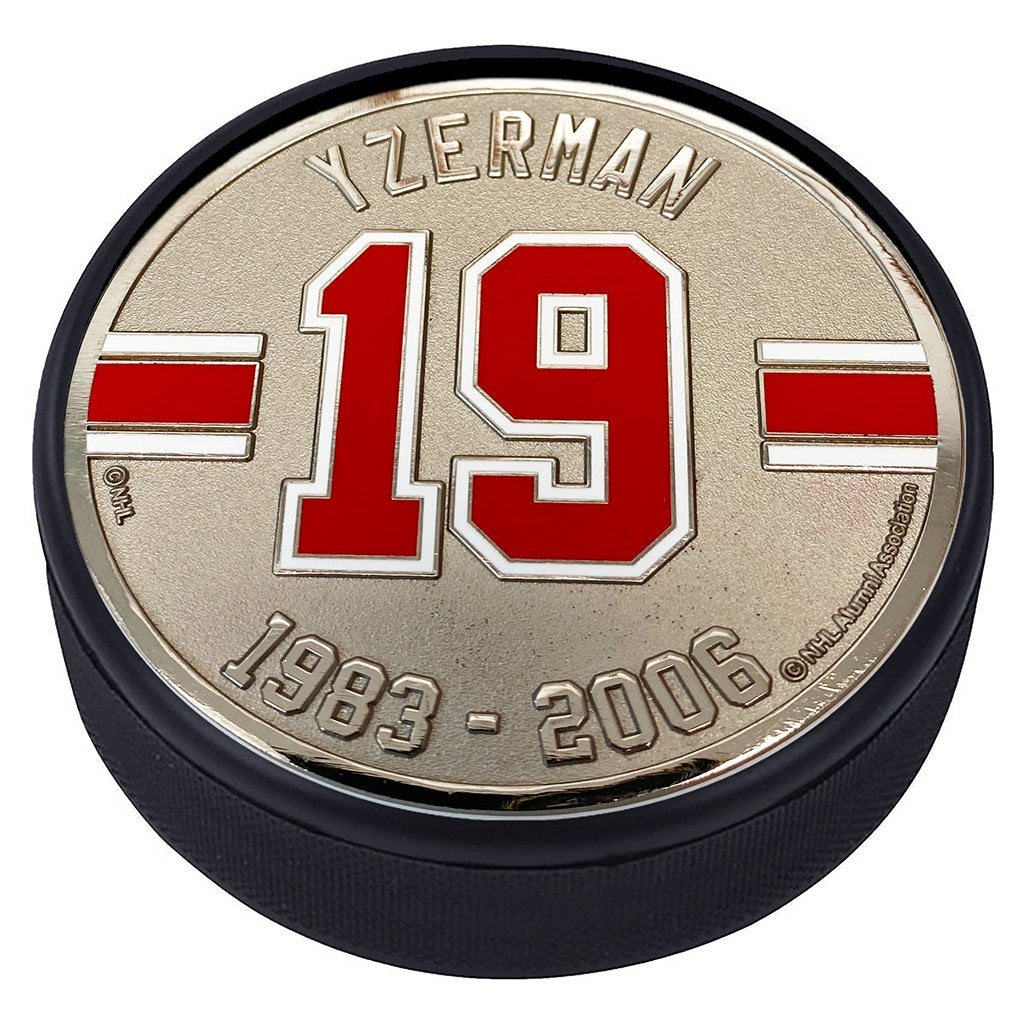 Medallion Puck - Detriot Red Wings 19 S.Yzerman Years