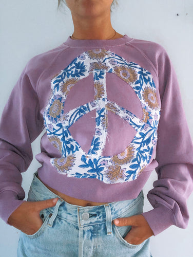 Good Vibes Pullover