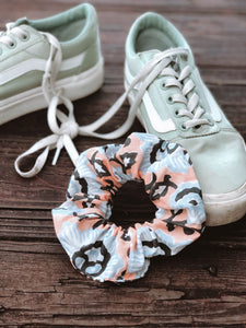 Peach Scrunchie - ErinMade