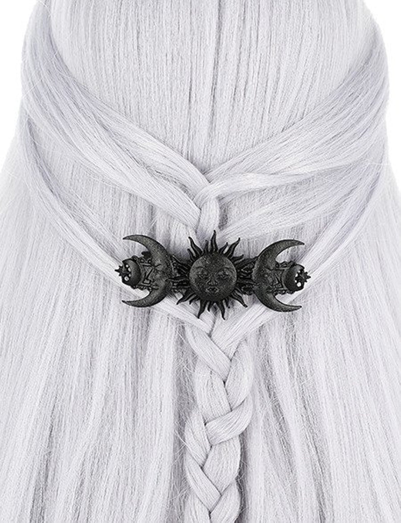 Image of hair clip on model