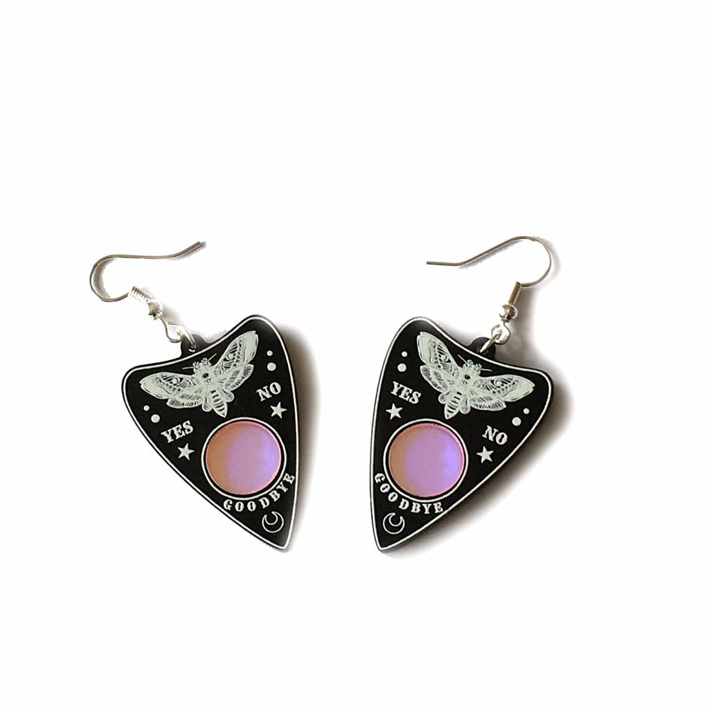 Curiology - YES / NO - Gothic Fashion Earrings