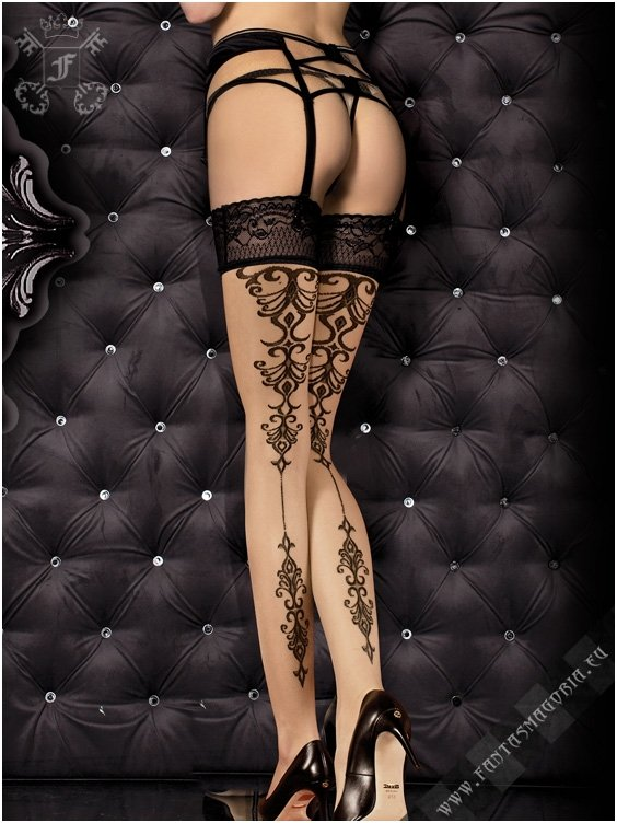 Ballerina - Tribal Tattoo - Hold-Ups