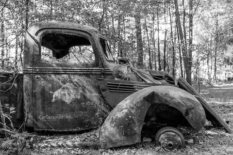 Antique Truck - Cartersville, Georgia Black & White Vinyl Print