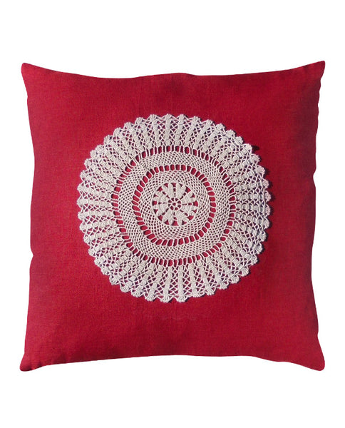 Linen cushion cover with crochet doily, made in Montreal - Shopping Blue
