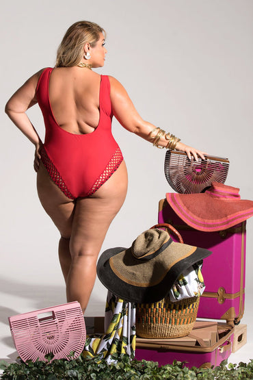 Fiona One Piece - Crimson