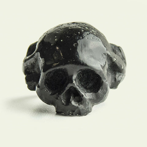 LILIAN SKULL RING BLACK