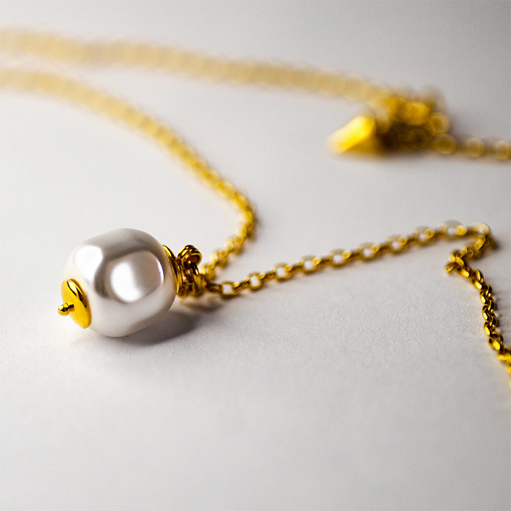 BAROQUE PEARL NECKLACE - GOLD