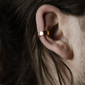 PYRAMID EAR CUFF - GOLD