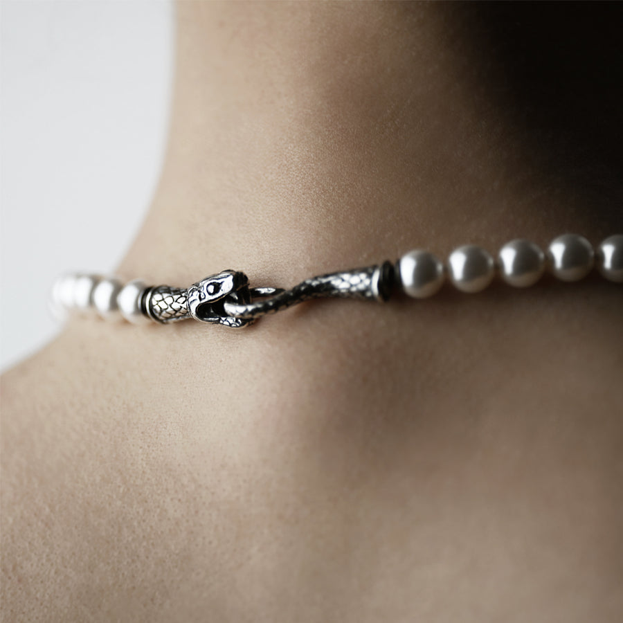 PEARL SNAKE NECKLACE