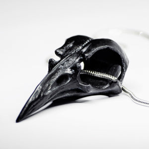 RAVEN SKULL NECKLACE - BLACK