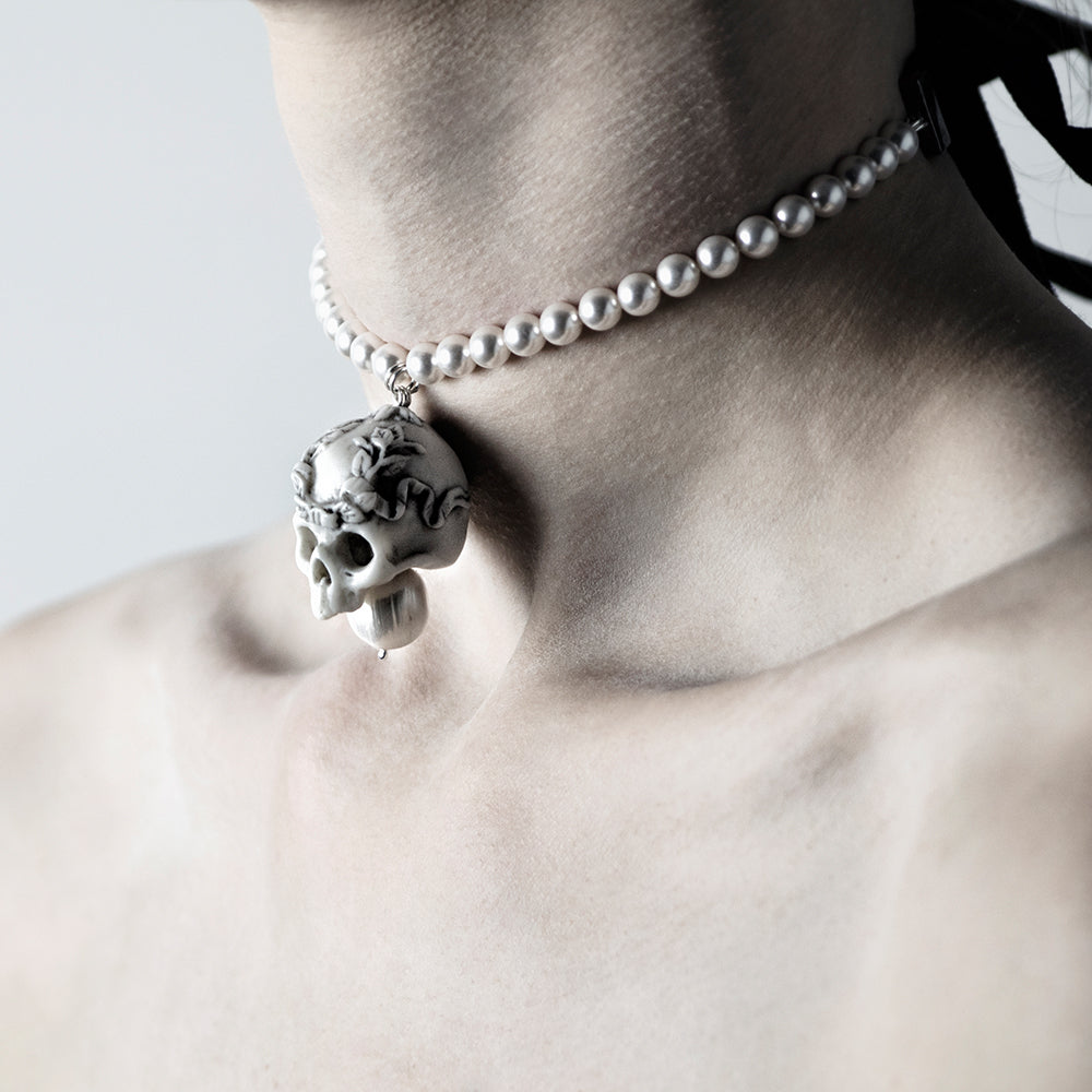 white skull choker macabre gadgets online boutique