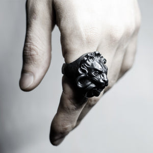 BLACK LION RING