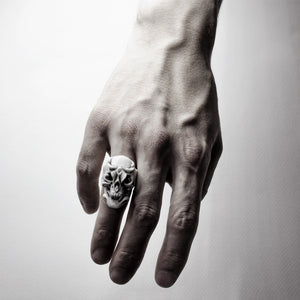 WHITE ORCHID SKULL RING