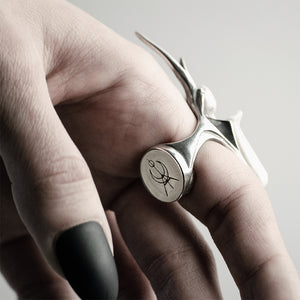 WHITE STAG BEETLE RING
