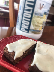 PROTOLYTE® PROTEIN PACKED CARROT CAKE