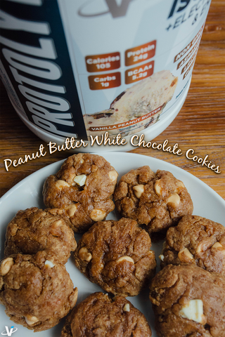 PEANUT BUTTER WHITE CHOCOLATE PROTOLYTE COOKIES