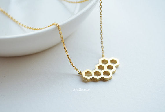 The Beehive Necklace Virtual Glam Shop