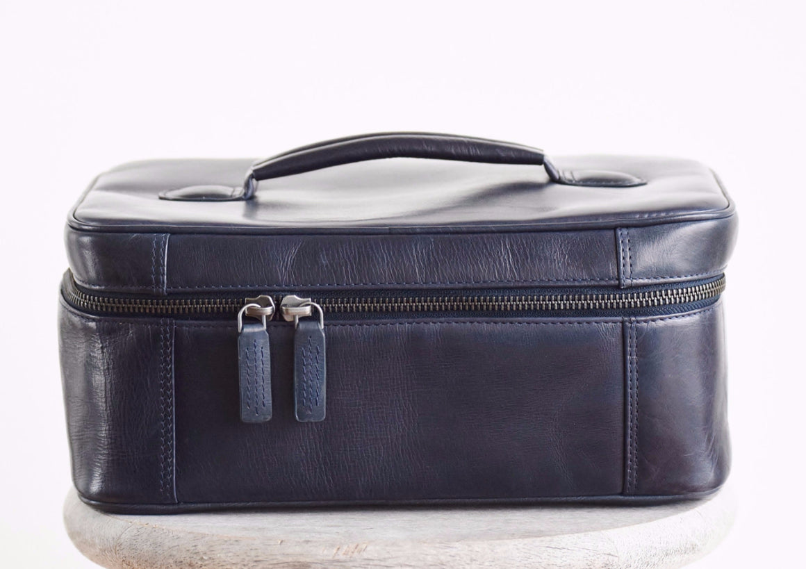 Large Toiletry Bag - Navy