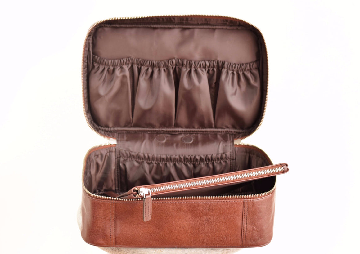 Large Toiletry Bag - Coffee