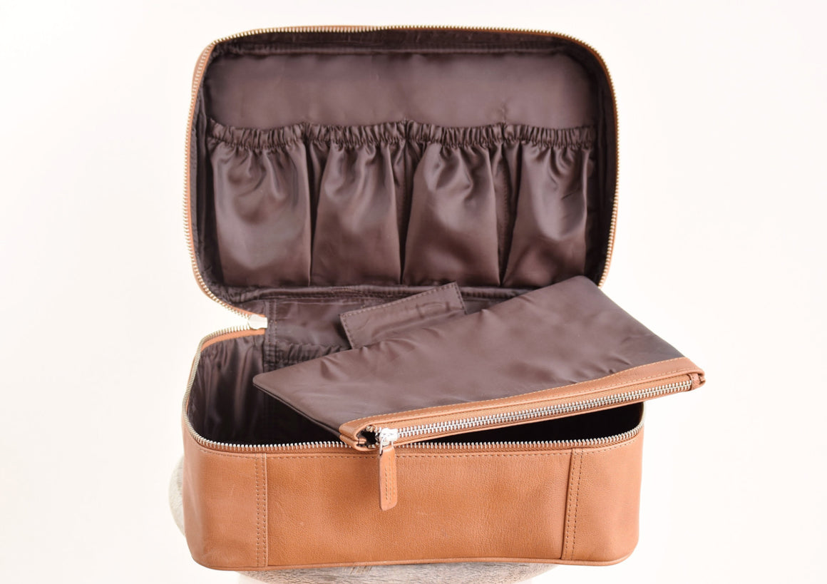 Large Toiletry Bag - Tan