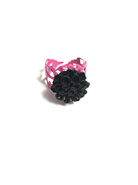 Black Chrysanthemum Ring