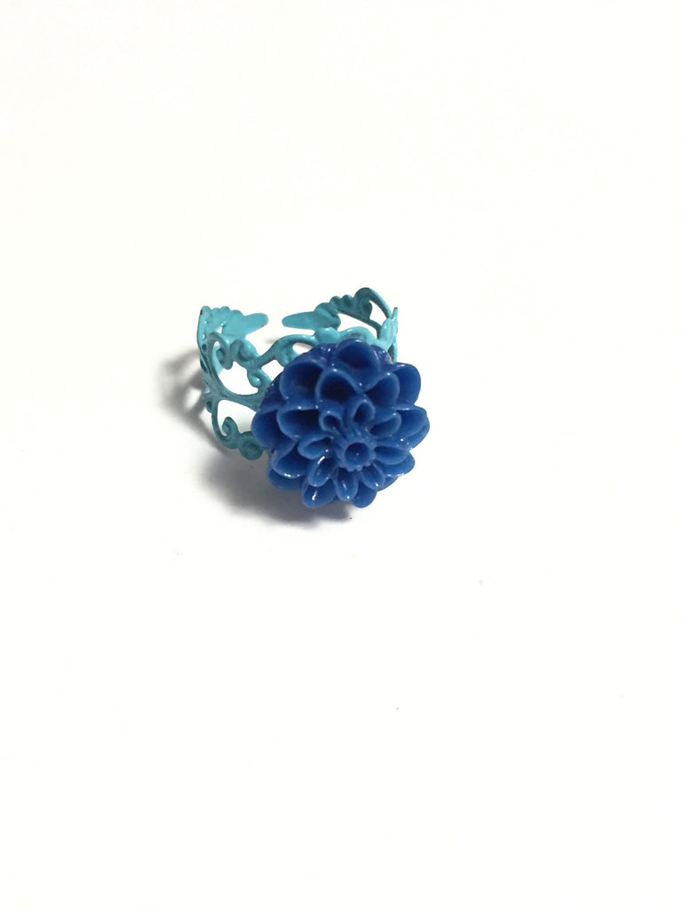 Blue Chrysanthemum Ring