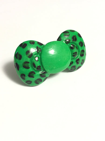 Green Bow Leopard Print Ring