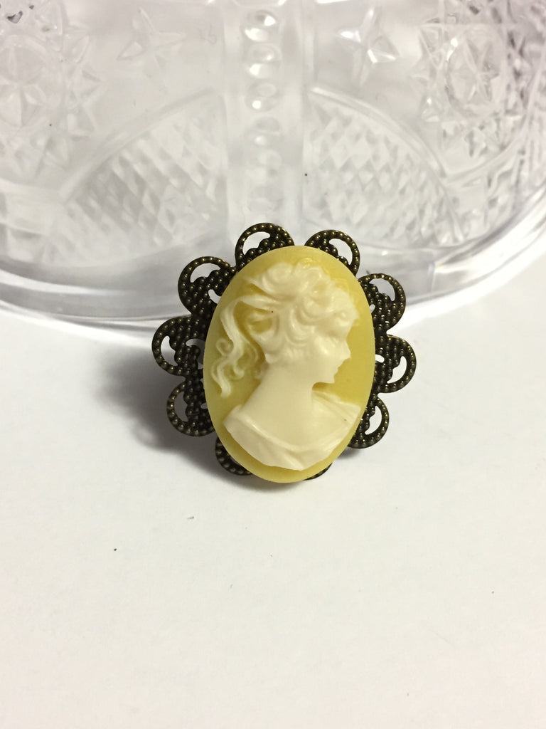 Yellow and White Cameo Ring