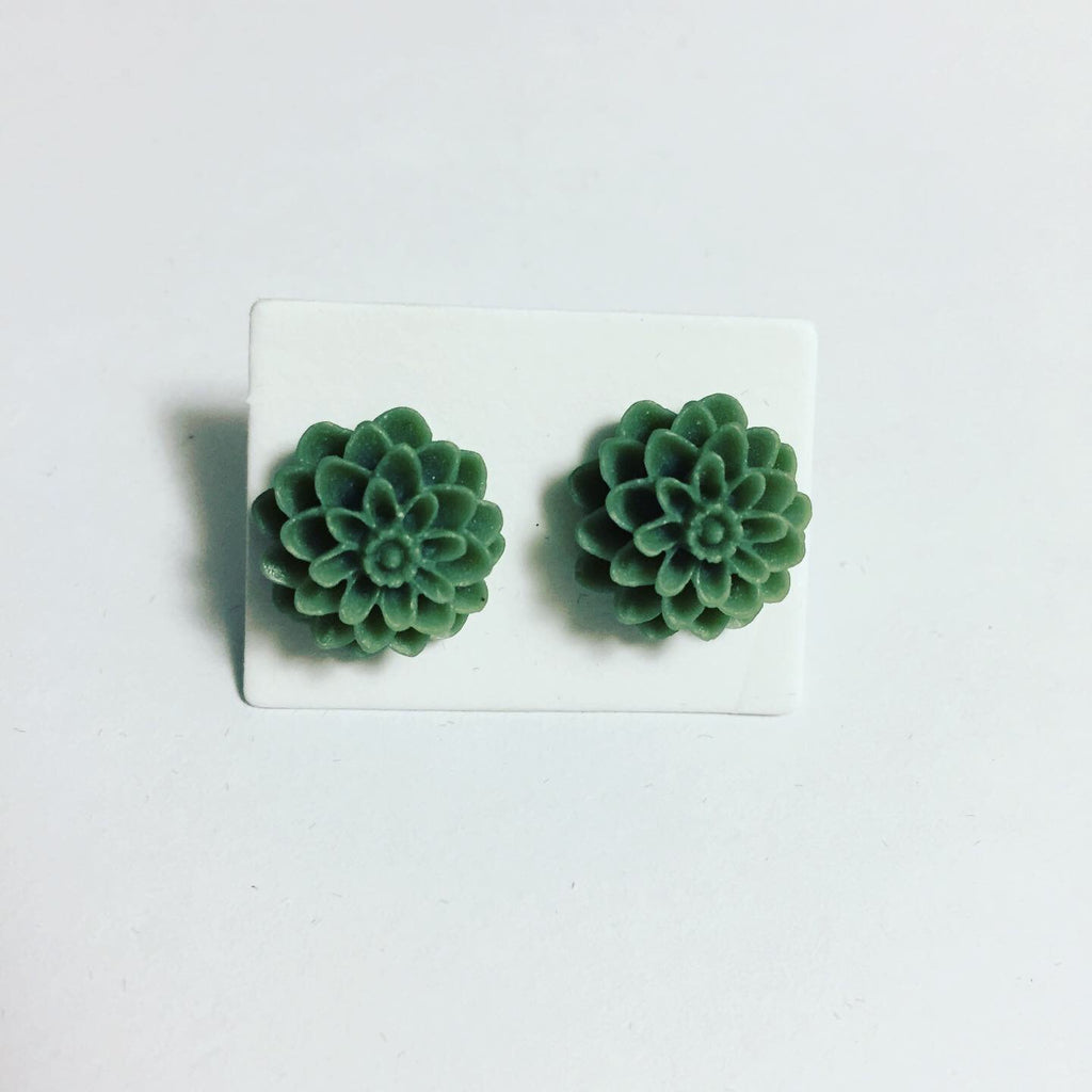 Gray Chrysanthemum Earrings